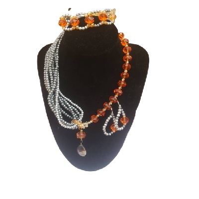 Stunning Beaded Jewelry Set - Necklace and Ear Rings